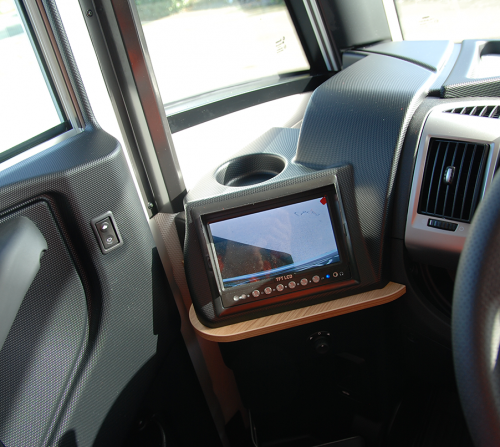 camera-de-recul-camping-car-haut-de-gamme-le-voyageur