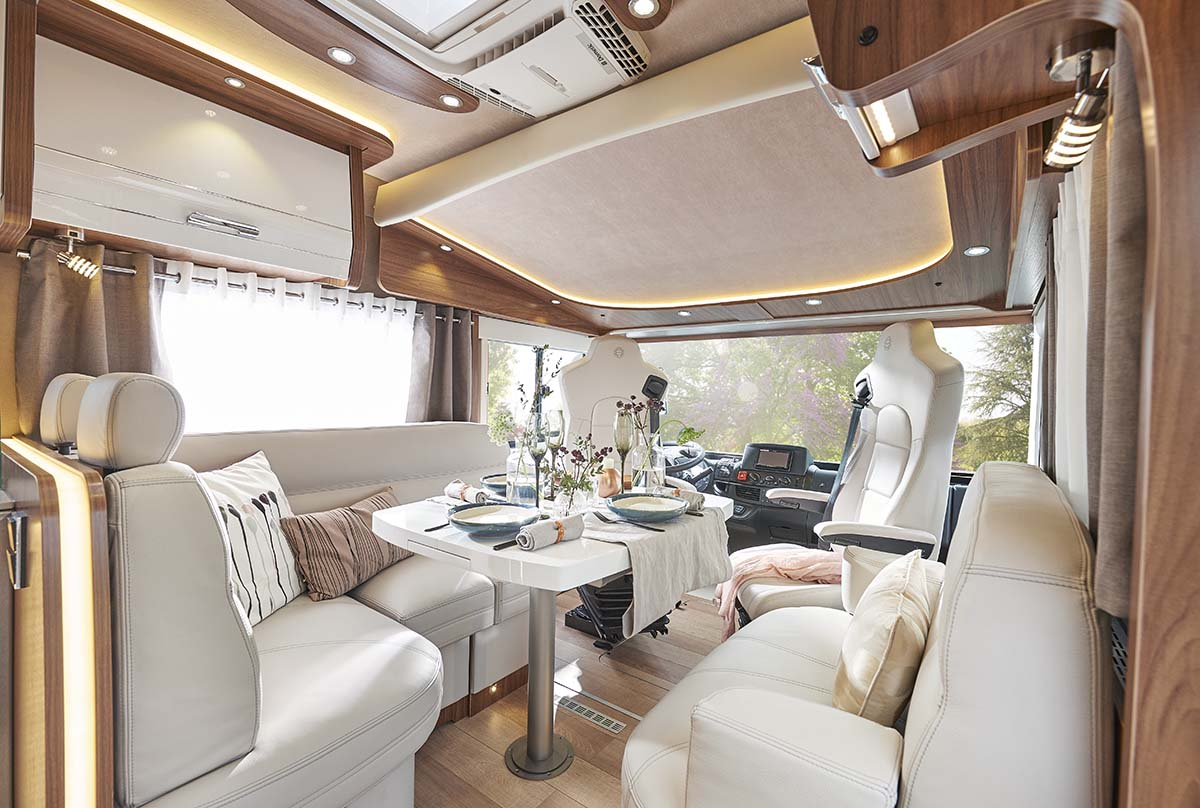 gamme liner le voyageur. Black Bedroom Furniture Sets. Home Design Ideas