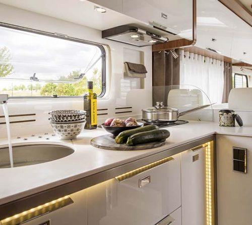 La cuisine du Le Voyageur Liner 1050QDCAR