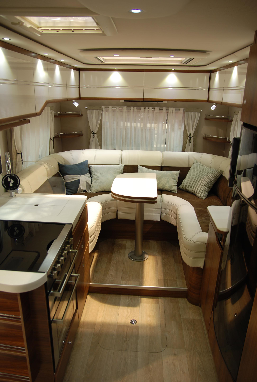 Camping car haut de gamme avec salon en u lv7 8lu le for Salon camping car paris