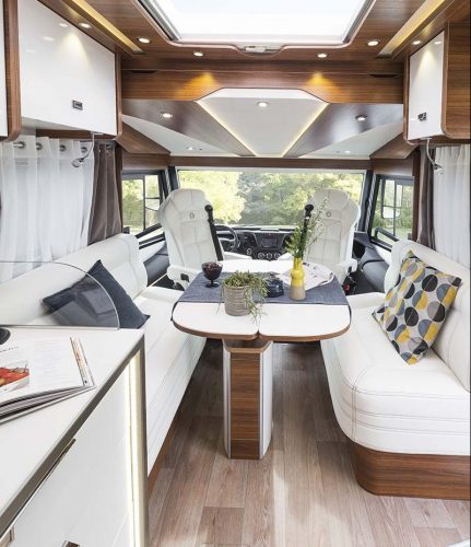 camping cars le voyageur un int rieur au service de votre confort. Black Bedroom Furniture Sets. Home Design Ideas